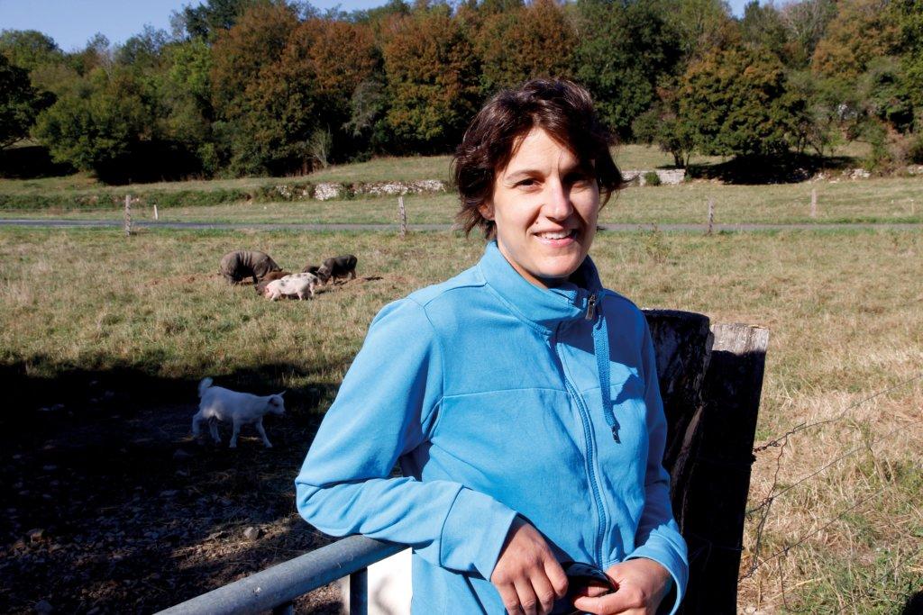 Céline Graby de la Ferme des Deux collines livre son lait, transformé en Comté, à la fruitière Loue Lison