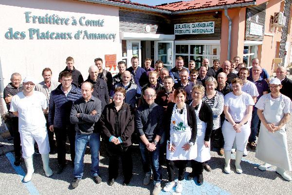 Les 42 producteurs organisent régulièrement des événements, comme les récentes portes-ouvertes du 30 mars avec marché paysan et fondue géante !