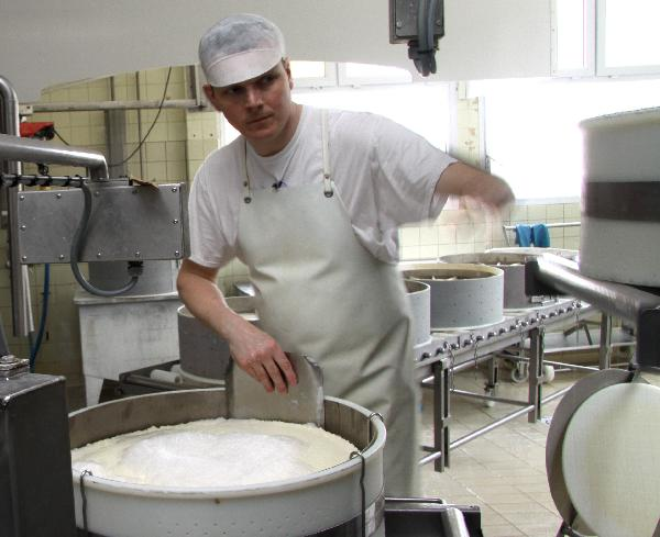 Lionel Prin, fromager. (photo © CIGC/Petit)