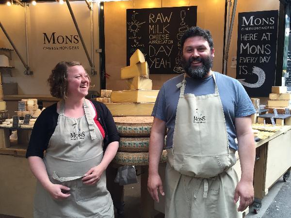 Jon et Jane dans leur univers, au Borough Market de Londres.