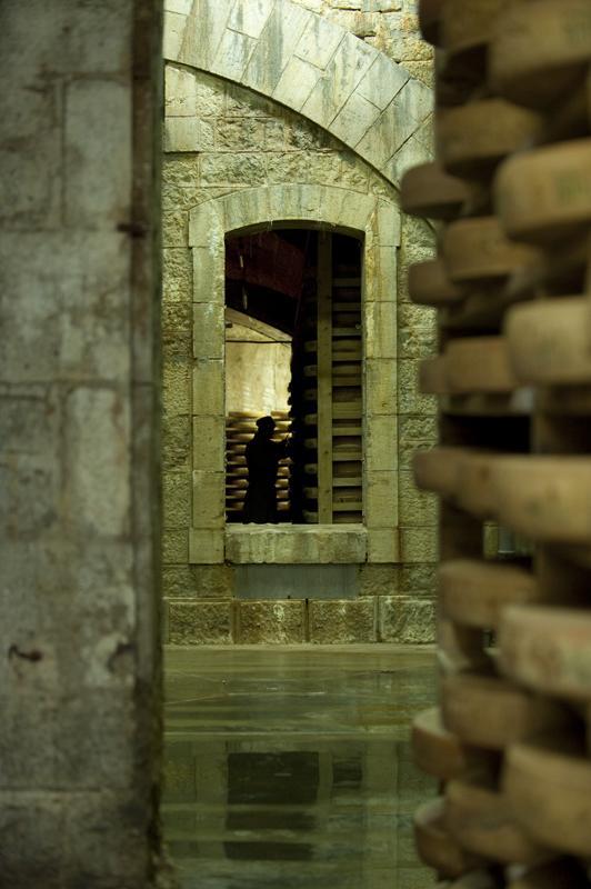 les-caves-daffinage-petite-du-fort-de-saint-antoine.jpeg